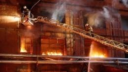 ВМахачкале произошел крупный пожар намебельном производстве