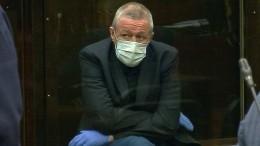 Ефремова вновь ожидает карантин из-за коронавируса