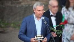 Видео: Тело убитого депутата Александра Петрова увезли сместа преступления