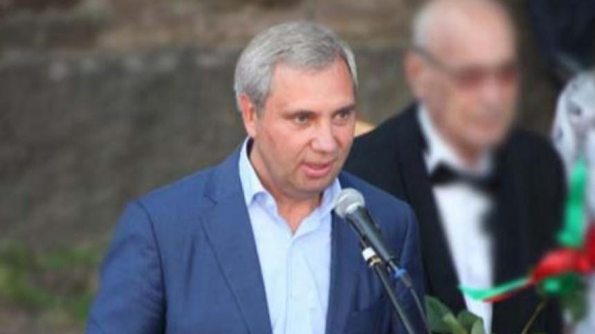 Незадолго доубийства депутата Петрова изего дома похитили сейф