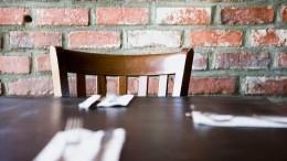«Двери закрываются»: Соблюдаютли рестораны Петербурга поночам режим тишины?
