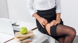 Публикующую всоцсетях посты осексе учительницу вовторой раз уволили вПетербурге