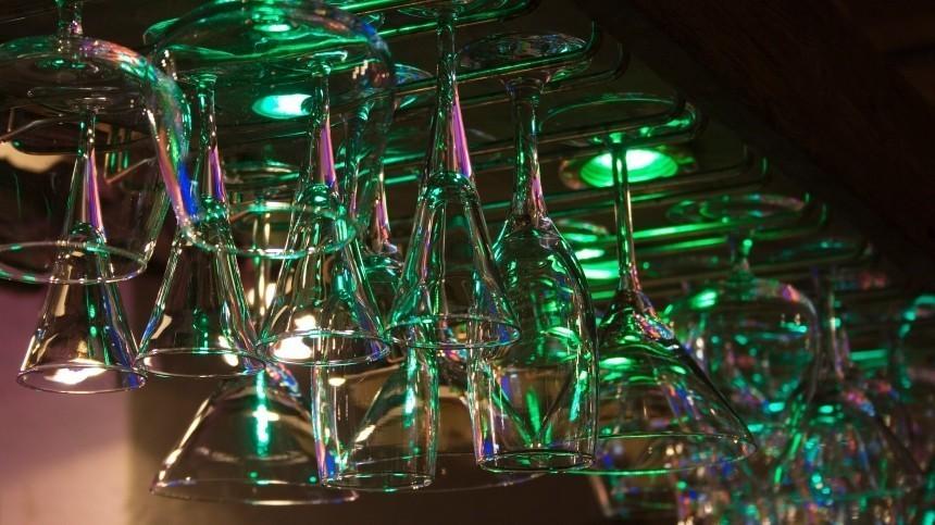 Закроют бары ирестораны ночью повсей России? Роспотребнадзор разъясняет