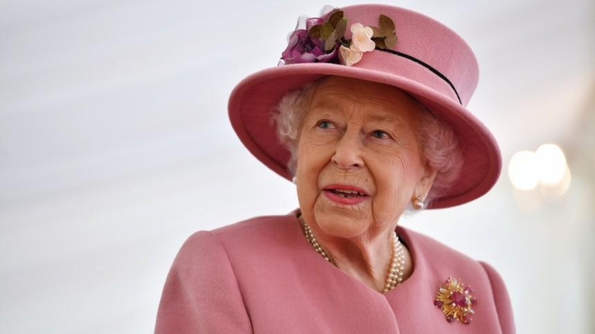 Британцы узнали осуществовании «запасной» Елизаветы II