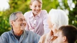 ВЦИОМ выяснил, сколько россиян доверяют воспитание детей бабушкам идедушкам