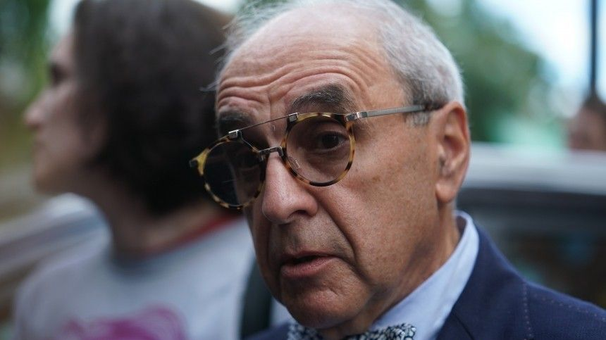 «Удивило ивозмутило»— Добровинский олишении статуса адвоката