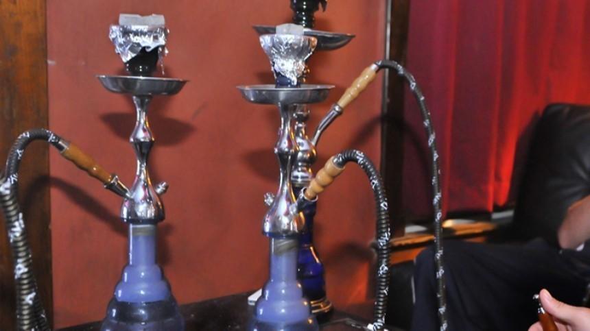 Россиянам запретили курить кальян вкафе иресторанах