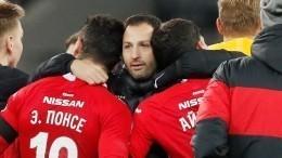 Спартаковцы обиделись нашутку оботрубании головы главному тренеру