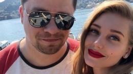 Харламов пошутил про причину развода сАсмус