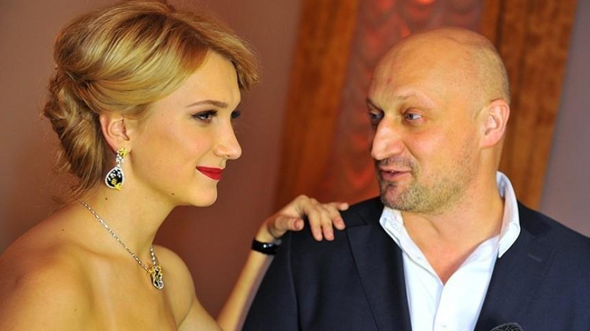 «Красивое каре!»— Порошина показала Гошу Куценко без знаменитой лысины