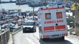Один человек погиб вЧПстуристическим катером вТурции