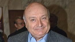 Директор Жванецкого подтвердил информацию осмерти артиста