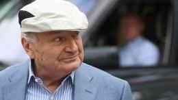 Директор Жванецкого назвал предполагаемую причину его смерти