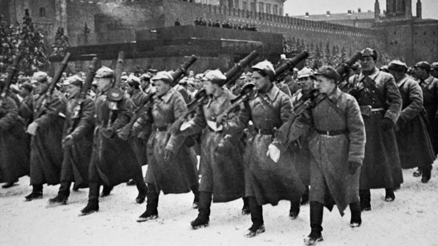 Минобороны опубликовало архивные материалы опараде вМоскве 7ноября 1941 года