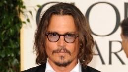 «Безнадежно ибеспомощно»: юрист предсказал крах карьеры Деппа вГолливуде
