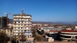 Тишина испокойствие: жители Карабаха встречают миротворцев изРФ— видео