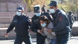 Поменьшей мере 130 человек задержаны вЕреване намитинге оппозиции— видео