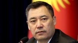Путин провел разговор си.о. президента Киргизии Жапаровым