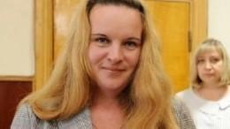 Уборщица, победившая навыборах главы поселения, решила непокидать пост