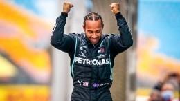 Хэмилтон повторил рекорд Шумахера поколичеству титулов в«Формуле-1»