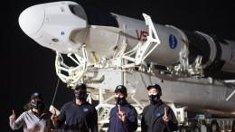 Космический корабль Crew Dragon пристыковался кМКС