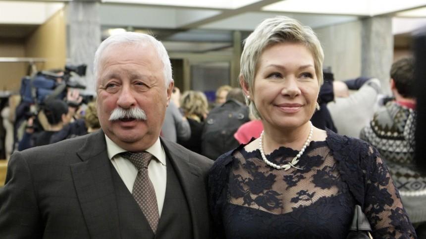 Якубович рассказал, как угнал самолет ради своей третьей жены