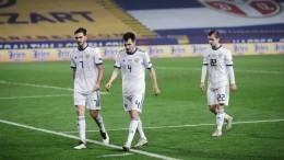 Капитан сборной РФпофутболу попросил прощения запроигрыш сербам