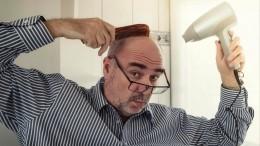 Британские ученые нашли связь между перхотью иболезнью Паркинсона