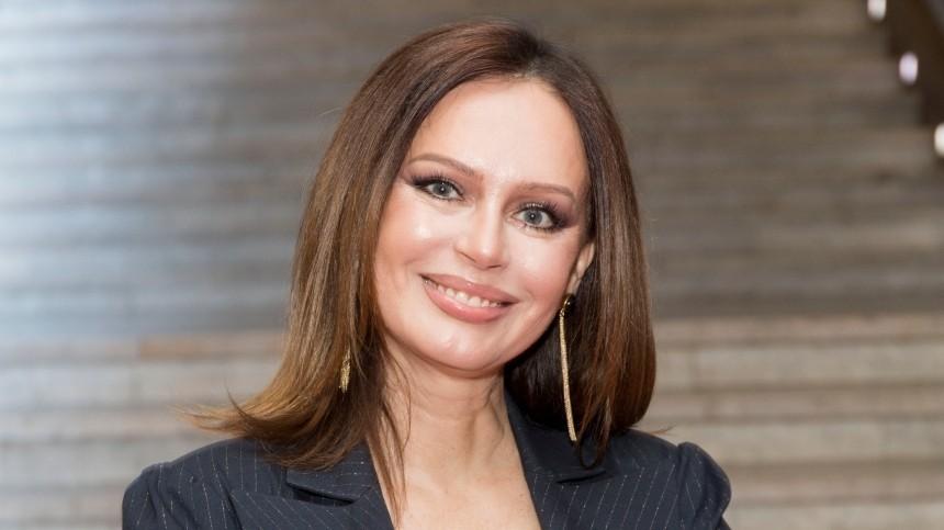 Ирина Безрукова рассказала, что вынудила Ивана Дыховичного целовать актера пониже спины