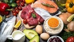 Доктор Мясников назвал самые полезные продукты при борьбе скоронавирусом