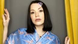 «Хочется чего-то нового»: Галич запланировала второго ребенка и«пластику» груди