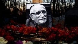 Почему напохоронах Армена Джигарханяна небыло Цымбалюк-Романовской?