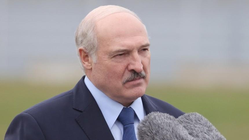 Александр Лукашенко рассказал, кто может отстранить его отвласти