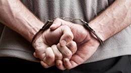 Удерживавший детей отец вПетербурге сдался полиции