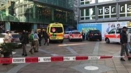 Женщина сножом напала напокупателей вмагазине вШвейцарии
