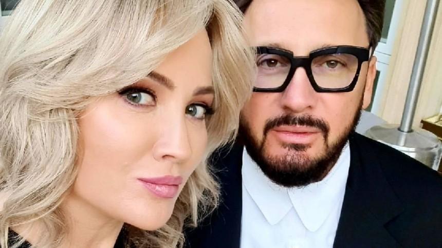 «Смешно жил, смешно умру»: Шнуров ответил наугрозы жены Стаса Михайлова
