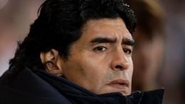 Умер звезда мирового футбола Диего Марадона