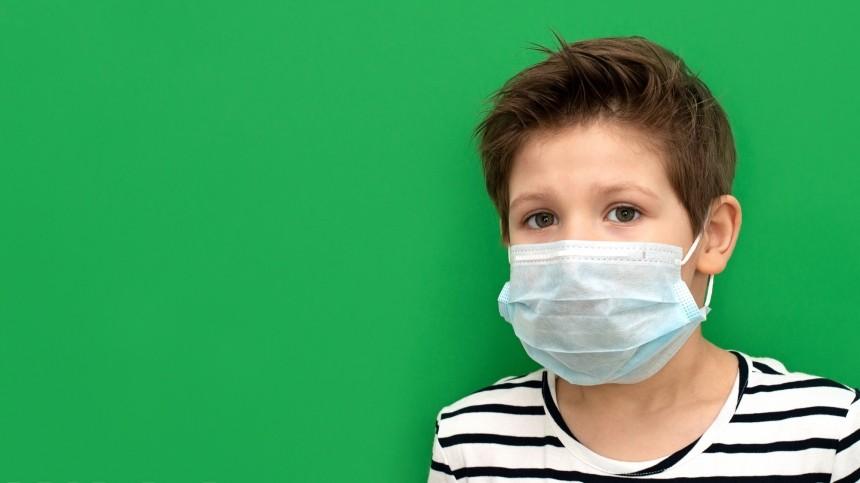 Названы самые распространенные симптомы коронавируса удетей