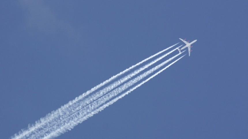 Рейс изМосквы вКитай отметили из-за одинаковых COVID-тестов у190 пассажиров