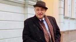 «Окольцован»: Адвокат Жорин раскрыл тайну Евгения Петросяна— видео