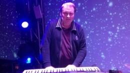 «Невосполнимая утрата» вгруппе «Дюна»— умер клавишник Андрей Апухтин