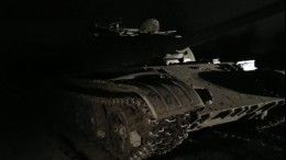 Жуткие кадры сместа гибели реконструктора под колесами БТР вПетербурге (18+)