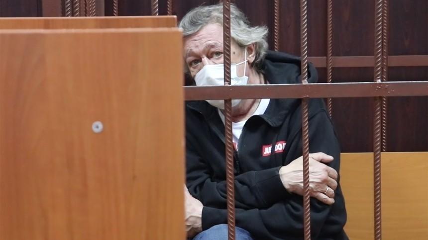 «Толи дело Кокорин иМамаев!»: вколонии невпечатлены прибытием Ефремова