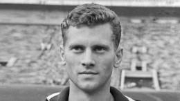 Скончался последний чемпион Европы пофутболу 1960 года Виктор Понедельник