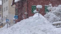 Ливни, снегопады инаводнение парализовали северную Италию