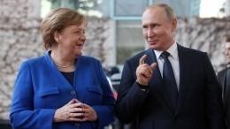 Путин иМеркель обсудили ситуацию вКарабахе иборьбу скоронавирусом
