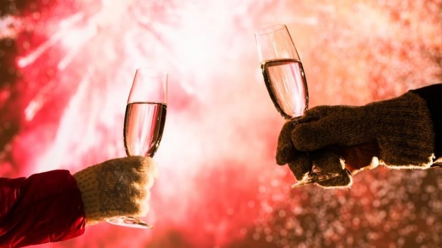 Инфицированным COVID-19 предложили альтернативу шампанскому наНовый год