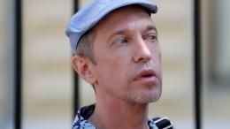 «Святым духом питаюсь»: Соседов рассказал, как живет на50 тысяч рублей