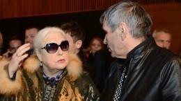 «Как кошка ссобакой»: директор Алибасова назвал причину развода продюсера сШукшиной
