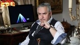 Садальский поделился раритетным снимком Пьехи, Магомаева иБроневицкого